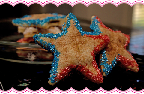 Patriotic Apple Pie Pockets