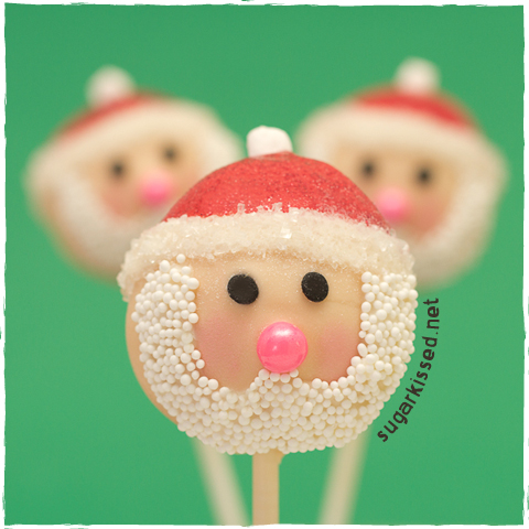Santa Christmas Cake Pops - sugarkissed.net
