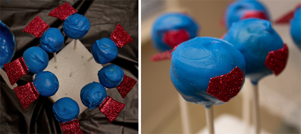 Super Hero Cake Pops - sugarkissed.net