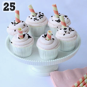 25 Strawberry Milkshake Cupcakes