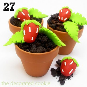 27 Strawberry Patch Cupcakes