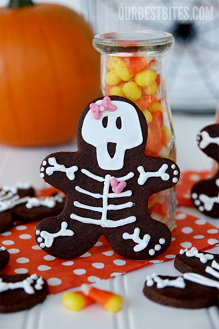 Girly Skeleton Halloween Cookies