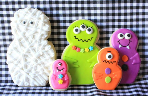 Mummy and Her Little Monsters Cookies