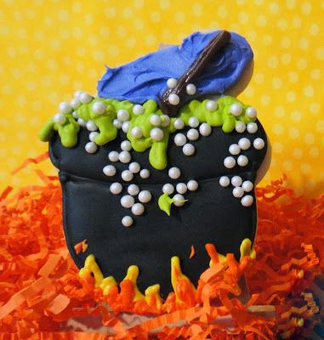 Halloween Cauldron Cookies