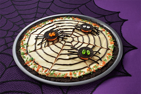 Oreo Spiderweb Cookie Pizza