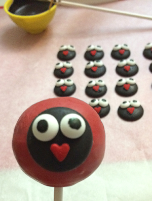 How To Make Ladybug Cake Pops